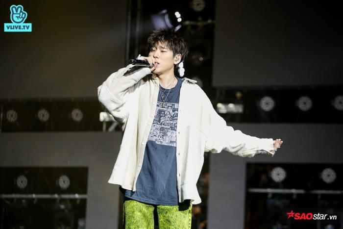 Nam rapper lần lượt thể hiệnArtist, Human, Turtle Ship và Okey Dokey.