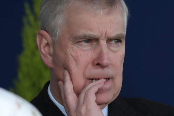 Hoàng tử Andrew đang lao đao vì dính líu đến Jeffrey Epstein.