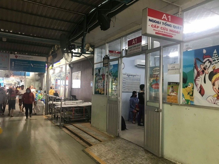 Bệnh viện nơi tiếp nhận trường hợp của 3 cháu nhỏ bị kẻ lạ mặt tấn công. Ảnh: Báo Giao thông