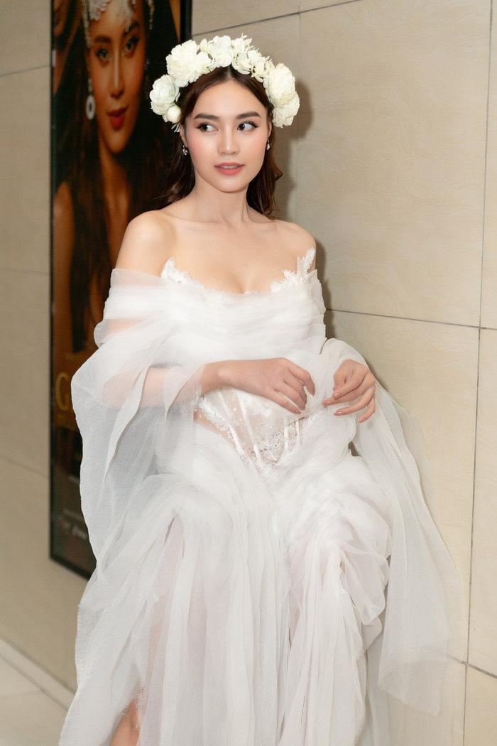 Nữ diễn viên ngày càng được nhiều người yêu thích khi thử sức ở các lĩnh vực khác nhau.