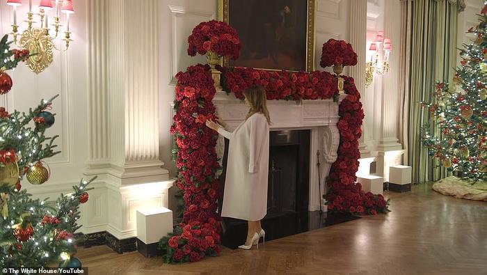 Nhà Trắng đẹp lung linh dưới bàn tay bà Melania Trump mùa Giáng sinh - Ảnh 12.
