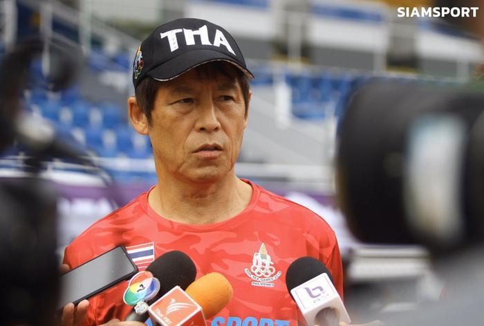 Theo bản tin thể thao hôm nay, HLV Akira Nishino tự tin trước thềm đại chiến gặp Việt Nam. ( Ảnh: Siamsports)