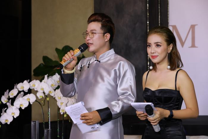 Ông Vũ Hồng Đăng phát biểu trong một sự kiện của Mifuki Tokyo Spa.