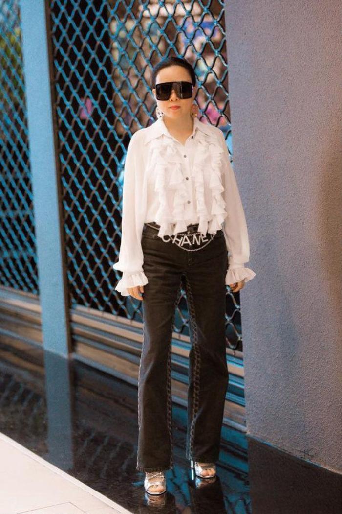 Đây đích thị là phom đồ yêu thích của Phượng Chanel, mặc liền tù tì mấy năm không ngán