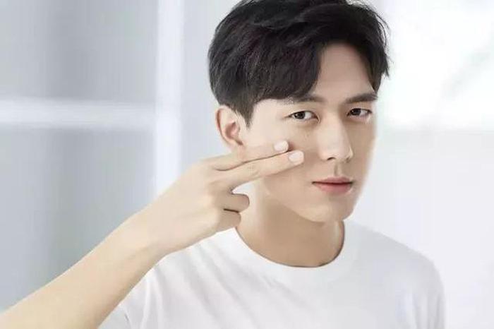 """Lý Hiện nhờ bộ phim """"Cá Mực Hầm Mật"""" mà bạo hồng (nổi tiếng)."""