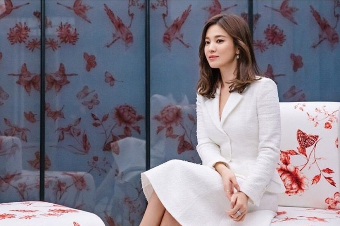 Song Hye Kyo is beautiful, praised as a 'global muse'