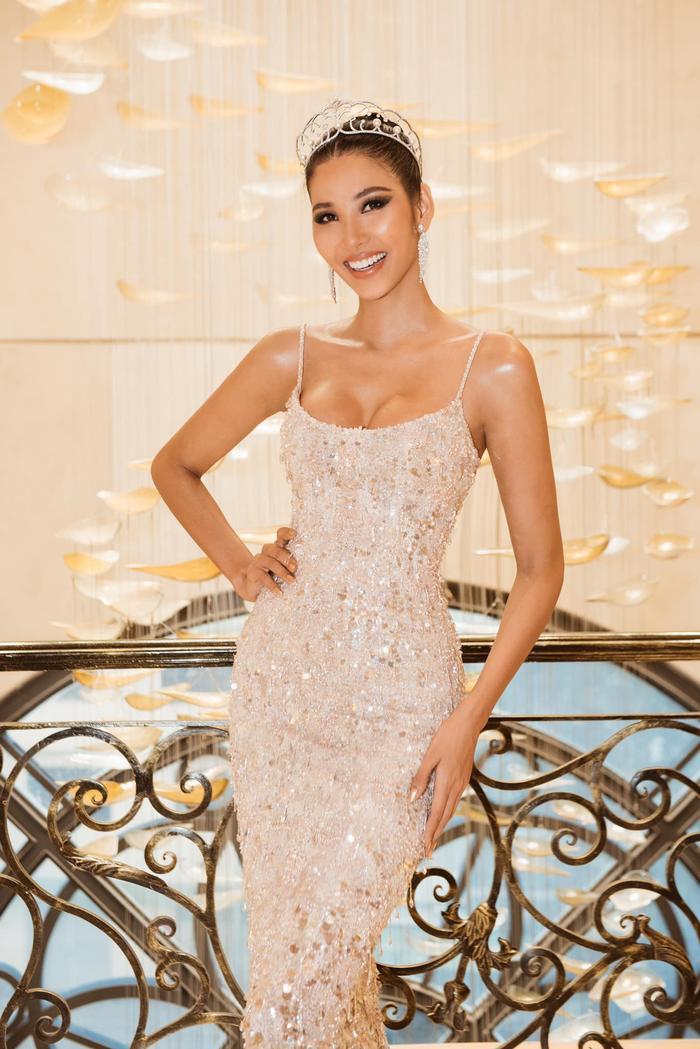 Cận cảnh vương miện Miss Universe mới trị giá 117 tỷ: Hoàng Thùy có run rẩy nếu mang về Việt Nam? ảnh 5