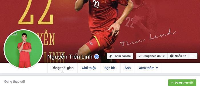 Toả sáng trong trận U22 Việt Nam - U22 Thái Lan tại SEA Games 30, chàng tiền đạo Tiến Linh đã nhận được tick xanh Facebook. (Ảnh chụp màn hình).