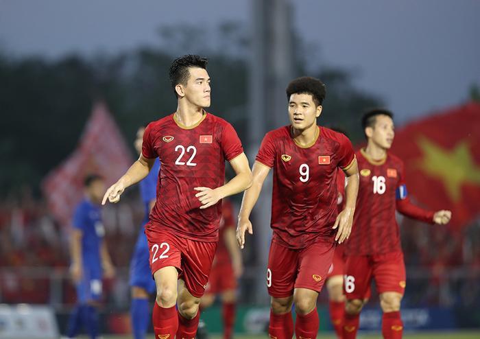 Tiến Linh sau bàn gỡ hòa 2-2 trước U22 Thái Lan từ chấm phạt đền ở hiệp hai tại SEA Games 30. (Ảnh: Đức Đồng - Lâm Thoả/ VnExpress)