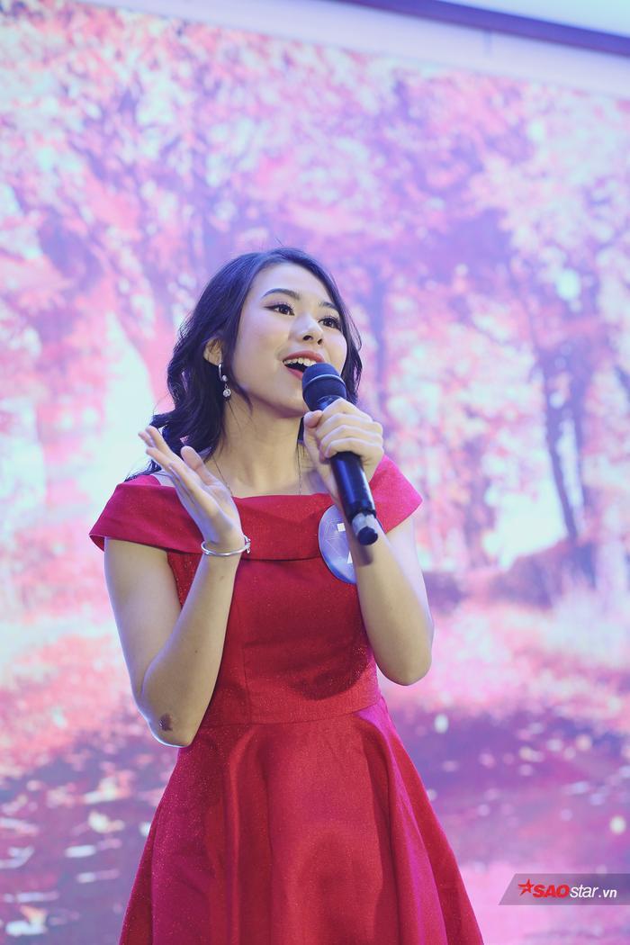 Bùi Thị Thanh Tâm thể hiện tài năng nói giọng 3 miền độc đáo.