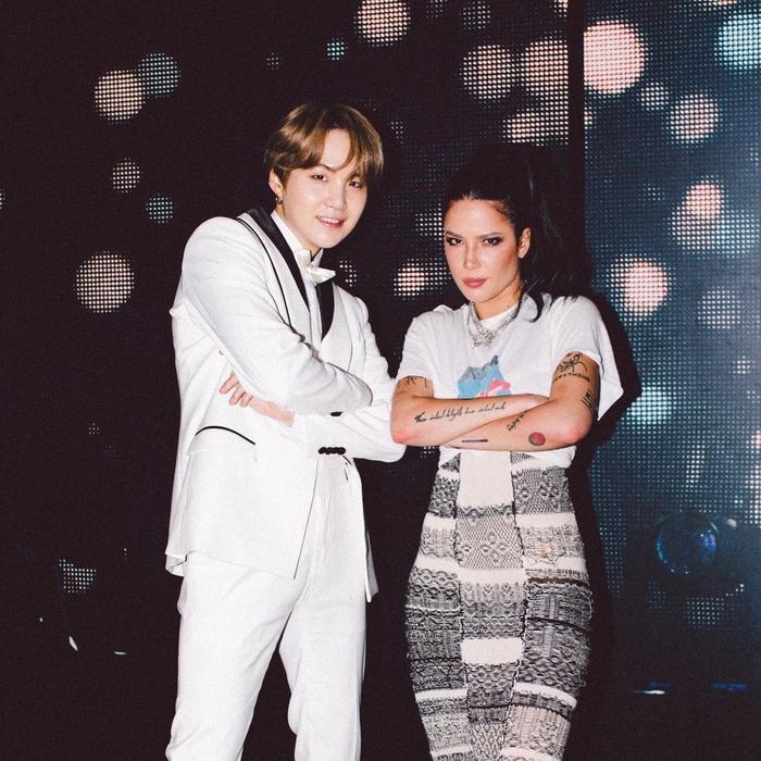 Anh chàng Suga và nữ ca sĩ Halsey.