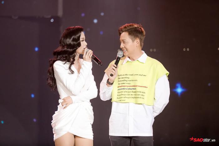 Khán giả chắc chắn rất mong chờ những sân khấu sắp tới từ Đông Nhi và Ngô Kiến Huy.