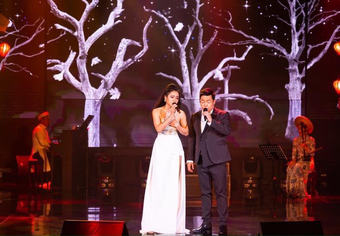 Phương Trinh Jolie có màn kết hợp cùng nam ca sĩ Quang Lê.