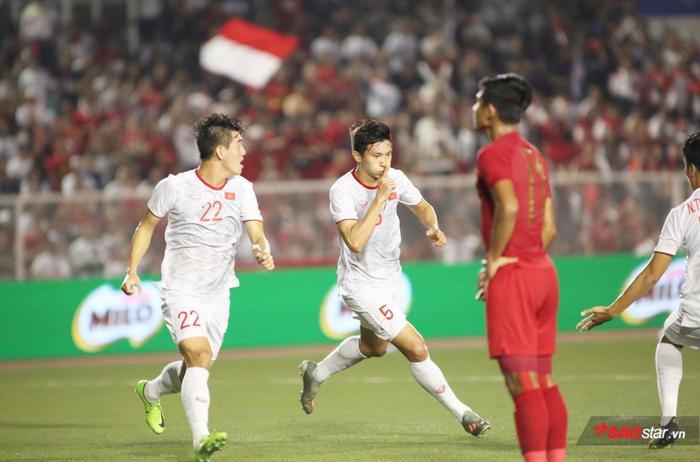 Đoàn Văn Hậu ghi bàn vào lưới U22 Indonesia, U22 Việt Nam vô địch SEA Games 30 sau 60 năm chờ đợi.