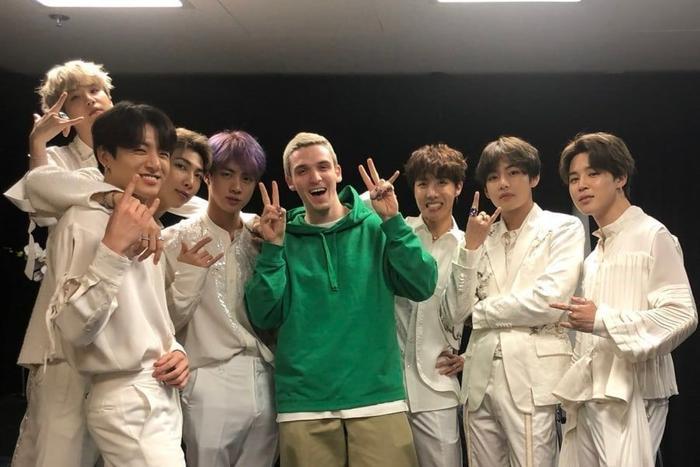 Bạn có nhớ hết những nghệ sĩ từng hợp tác với BTS kể từ khi debut? ảnh 9