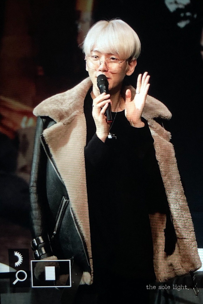 Baekhyun tại fansign.