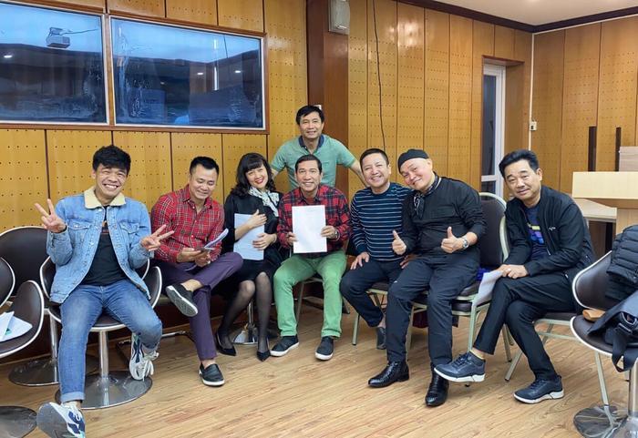Quang Thắng  Tự Long  Vân Dung tụ họp tập luyện: Fan chờ đợi Táo Quân phiên bản mới ảnh 3
