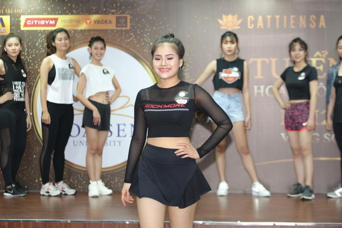 Thí sinh Đặng Thị Thu Linh – SBD 024