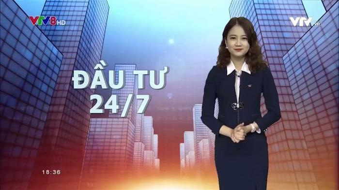 Vừa tốt nghiệp ĐH, Phương Lan đã được kết nạp Đảng và trở thành Đảng viên trẻ vào tháng 5 vừa qua. Cô bạn trở thành MC, BTV của đài truyền hình VTV8; dẫn 1 số chương trình về Kinh tế thị trường, đầu tư 24/7…