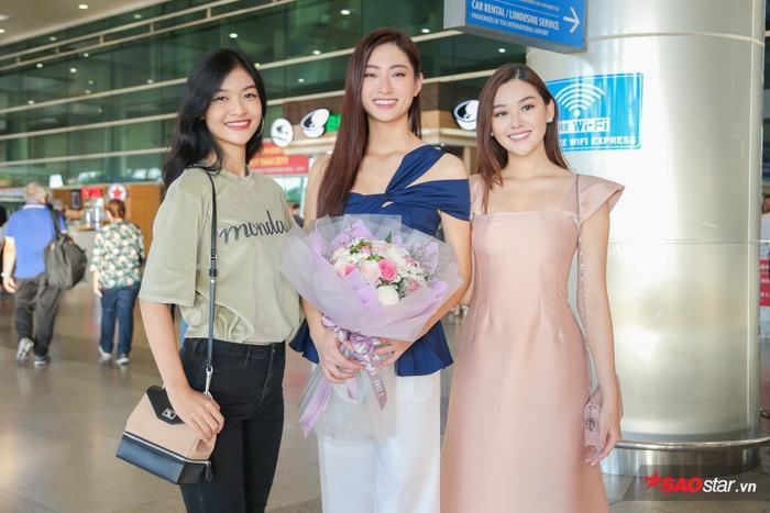 Trở về từ Miss World, Lương Thùy Linh sum họp Kiều Loan  Tường San: 3 nhan sắc in-top vẻ vang ảnh 4
