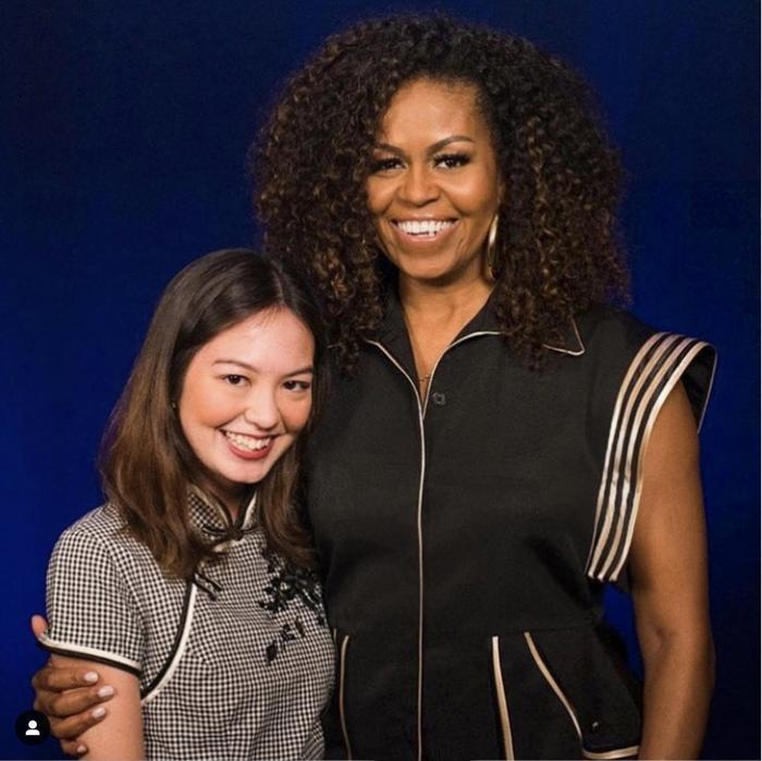 Chỉ trong 2 tháng, cựu đệ nhất Phu nhân Mỹ Michelle Obama đã 2 lần diện trang phục của NTK Công Trí ảnh 0