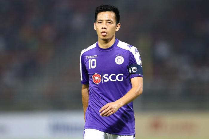 Văn Quyết sẽ gắn bó với CLB Hà Nội thêm 3 năm nữa.