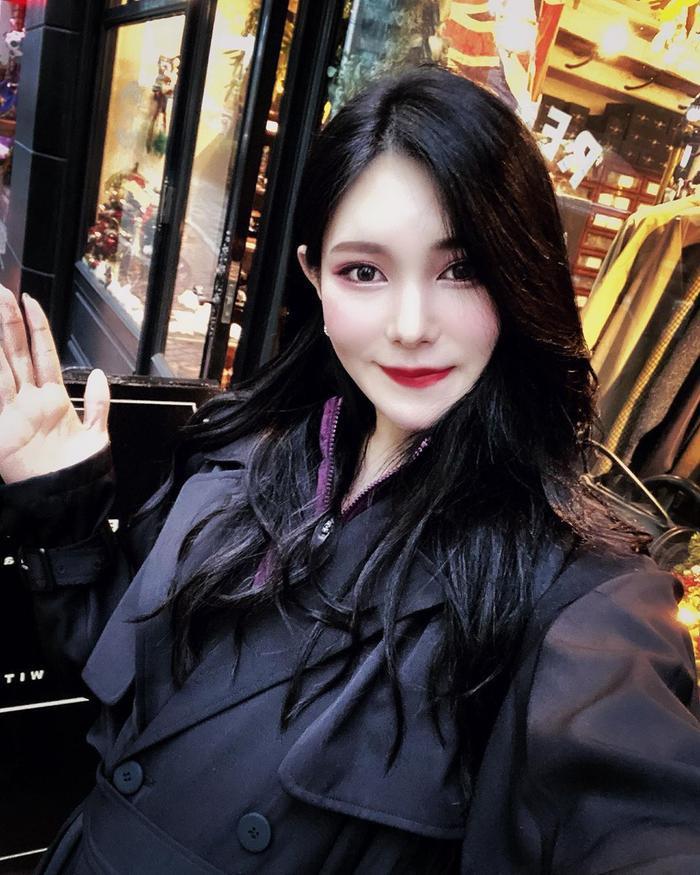 Lộ diện 2 đối thủ đáng gờm của Hoài Sa tại MQI 2020: Hoa hậu Nhật già dặn, đại diện Thái Lan quá xinh đẹp ảnh 11