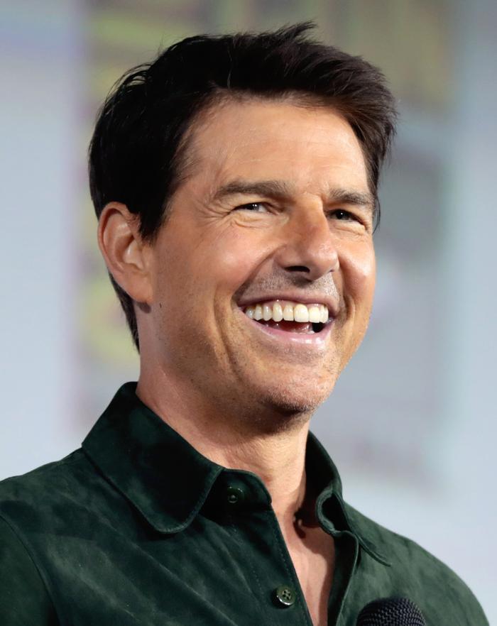 Các huyền thoại cơ bắp đình đám Hollywood: Tom Cruise, The Rock có ngang tầm Arnold Schwarzenegger? ảnh 4
