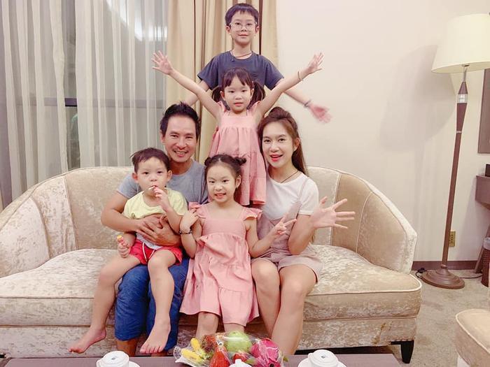 Sau gần một thập kỷ gắn bó, gia đình Lý Hải Minh Hà vẫn luôn tràn ngập tiếng cười và hạnh phúc.