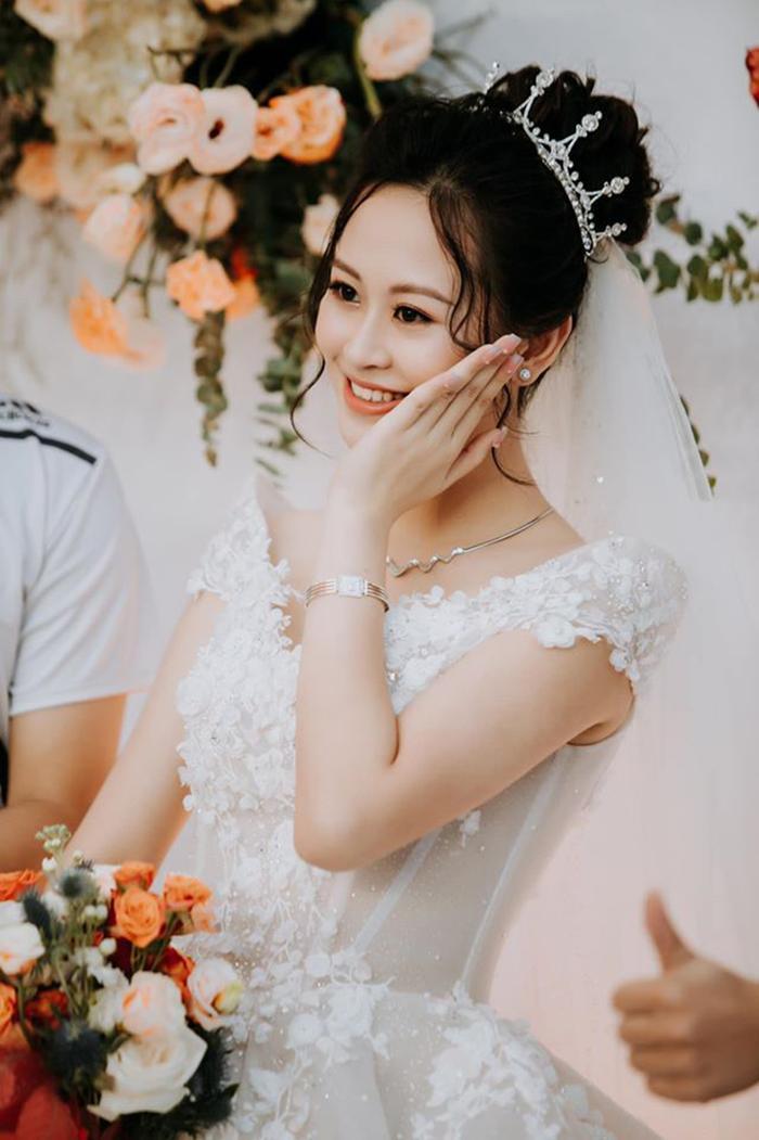 """""""Bông hồng thép"""" Đồng Hoàng Anh là hoa khôi Imiss Thăng Long 2018"""