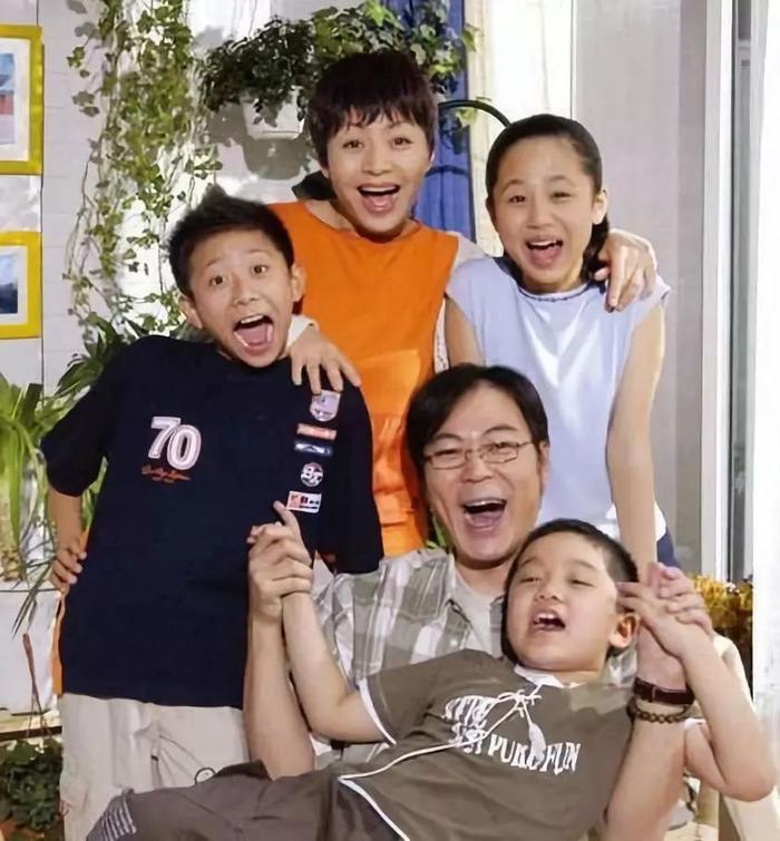 Dàn diễn viên nhí phim 'Nhà có con trai con gái' sau hơn 10 năm sau đều là những diễn viên nổi tiếng