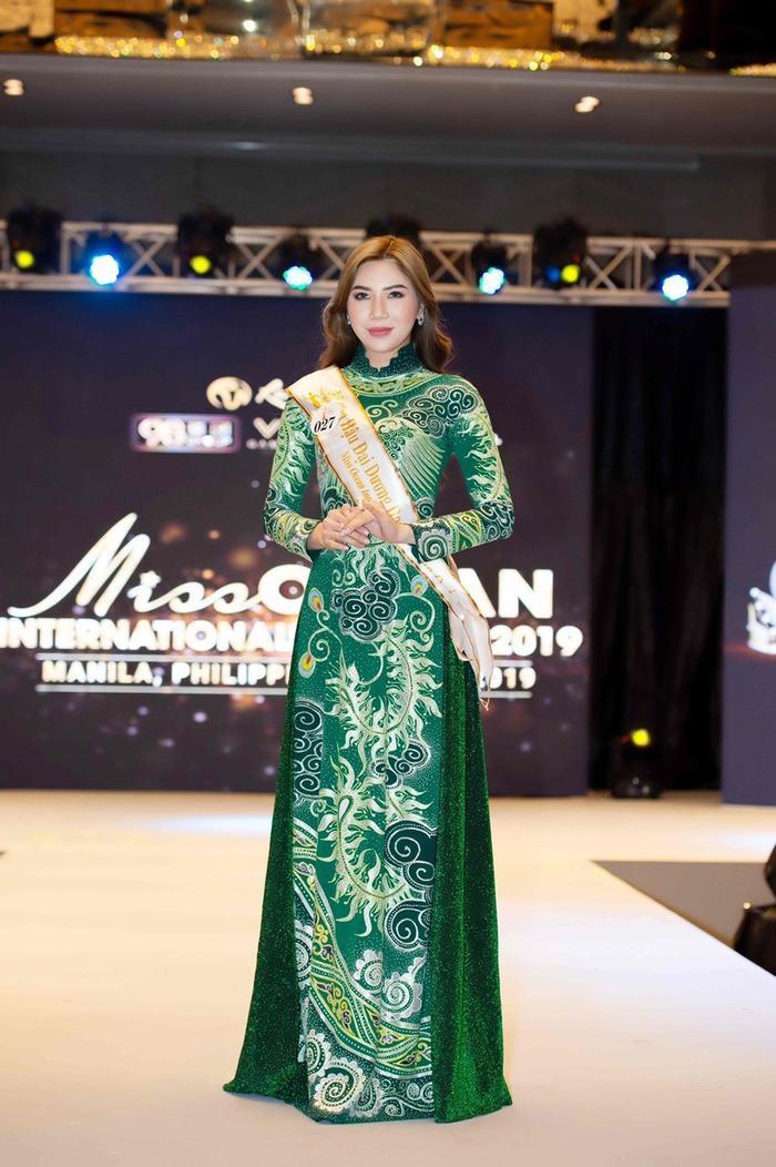 Sở hữu thân hình và nhan sắc, cô xứng đáng với danh hiệu Hoa hậu Du lịch Đại dương Doanh nhân Quốc tế.