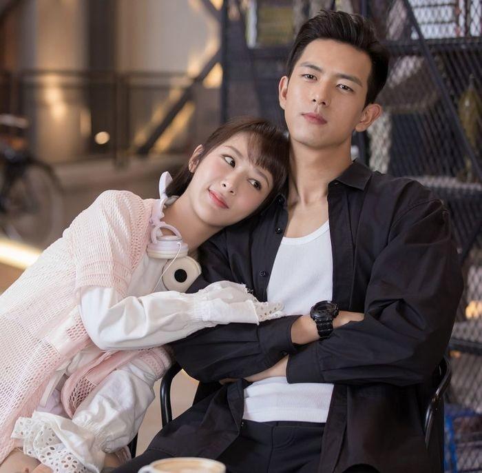 Cặp đôi vững mạnh nhất màn ảnh Hoa ngữ 2019: Tiêu Chiến  Vương Nhất Bác, Lý Hiện  Dương Tử hay Dịch Dương Thiên Tỉ  Châu Đông Vũ? ảnh 29