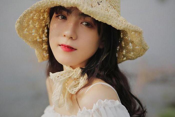 Dàn hotgirl Quảng Nam: Người là bạn gái cầu thủ danh tiếng, người được săn đón trong lĩnh vực phim ảnh ảnh 12