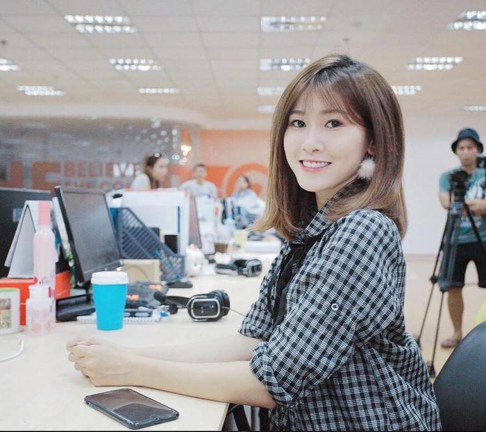 Dàn hotgirl Quảng Nam: Người là bạn gái cầu thủ danh tiếng, người được săn đón trong lĩnh vực phim ảnh ảnh 6