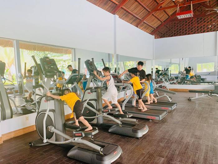 V quy banh phng gym