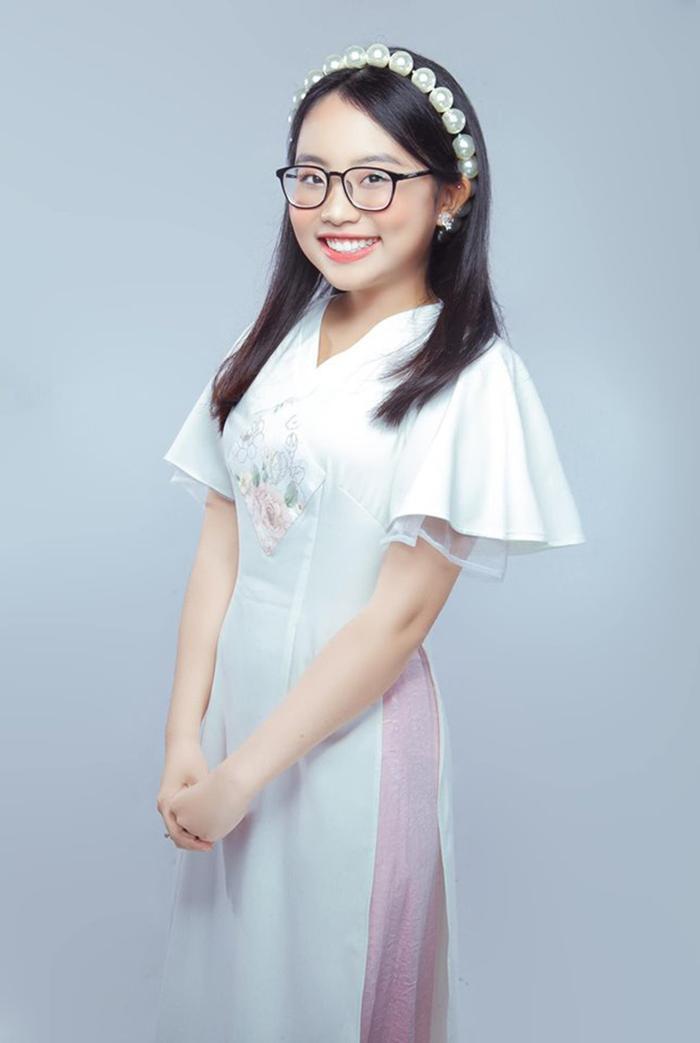 Phương Mỹ Chi là cái tên khá thành công hậu Giọng hát Việt nhí 2013.