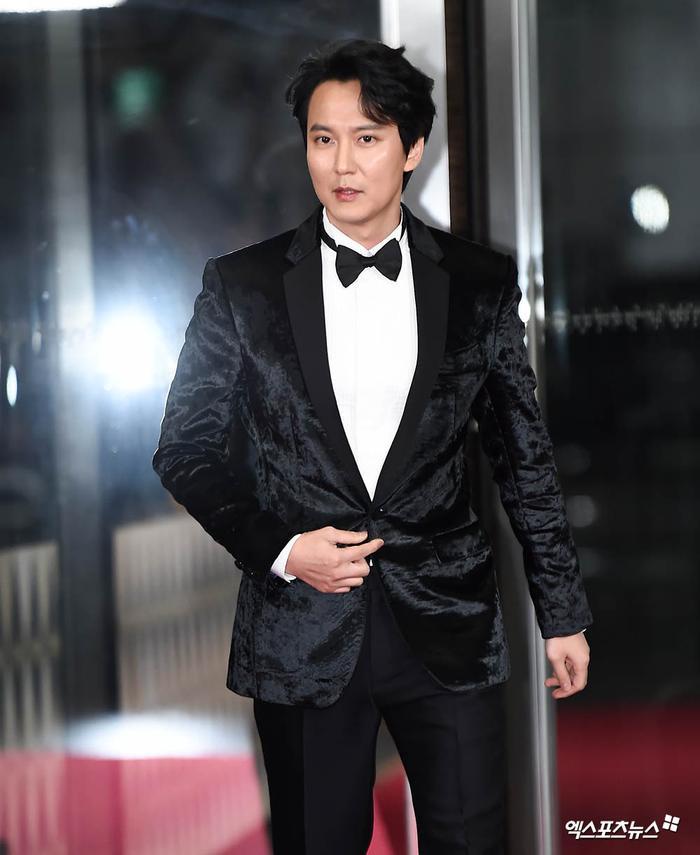 Jang Nara  Kim Nam Gil chạm mặt tại SBS Drama Awards 2019 sau tin đồn kết hôn: Đẹp đôi đến lạ! ảnh 7