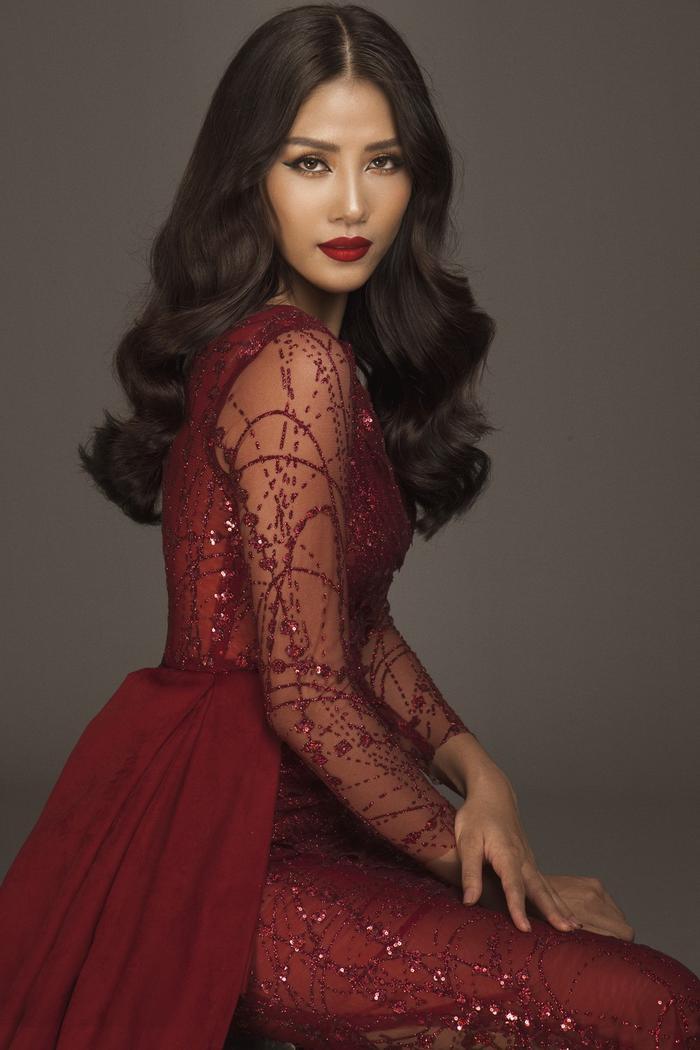Với vẻ ngoài sắc sảo cùng thể hình chuẩn, đại diện Việt Nam năm đó đã mang về chuỗi thành tích ấn tượng với các dấu mốc Top 25 Miss World, Top 10 phần thi Tài năng, Top 20 Dự án nhân ái và Top 32 Người đẹp thể thao.