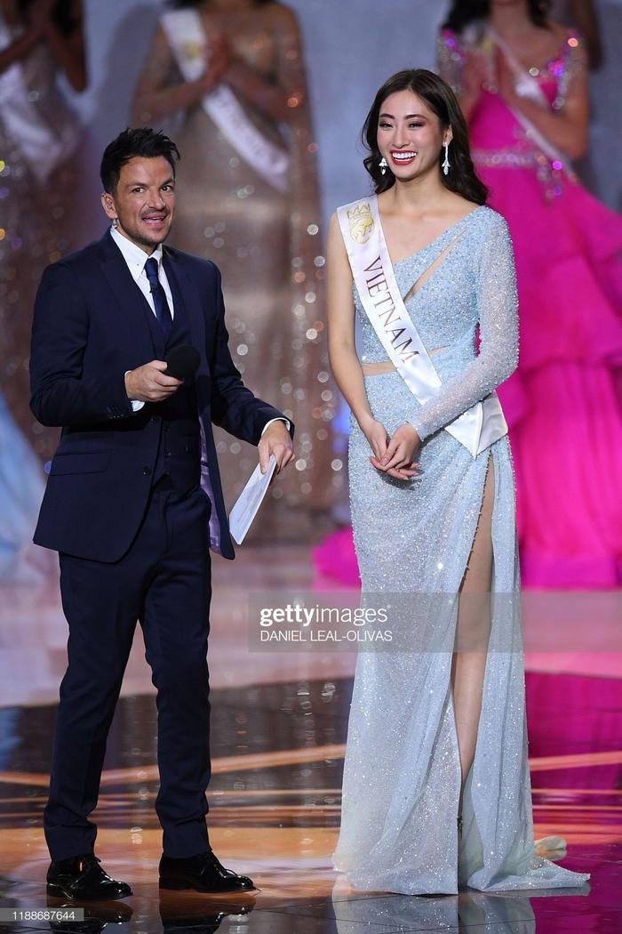Với năng lực của bản thân, nàng hậu đã vào đến vị trí Top 12 Hoa hậu Thế giới 2019 cùng thành tích ấn tượng Top 10 Top Model và Top 10 Dự án nhân ái xuất sắc nhất cuộc thi.