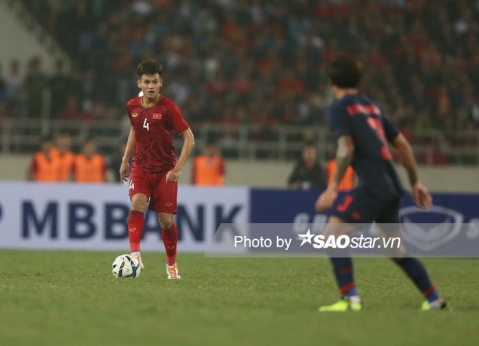 Hồ Tấn Tài dính thẻ phạt và phải vắng mặt trận đầu tiên gặp U23 UAE.
