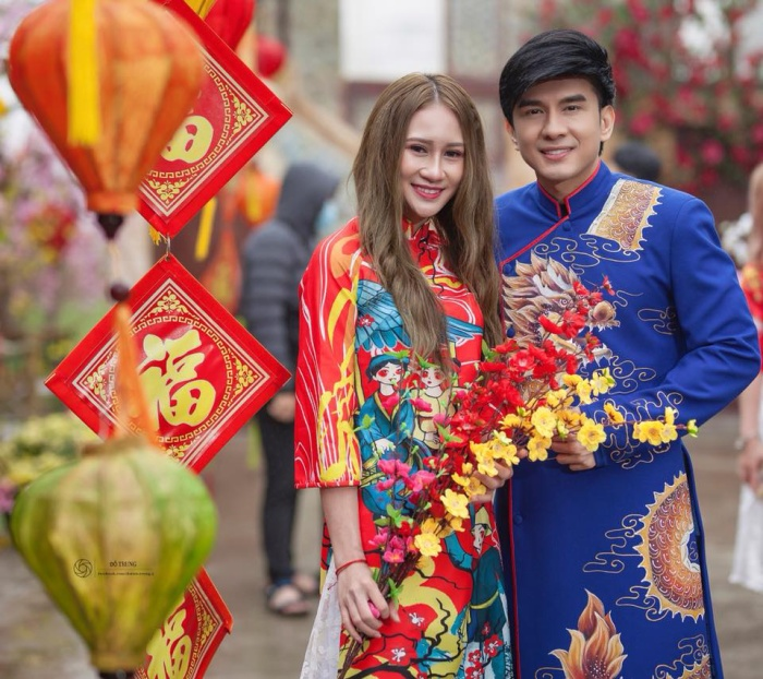 Bất ngờ nổi lên sau kì đại hội thể thao Đông Nam Á, Minh Hằng có nhiều cơ hội giao lưu, gặp gỡ nhiều đàn anh, đàn chị đi trước, những người cô vẫn coi là thần tượng của mình.