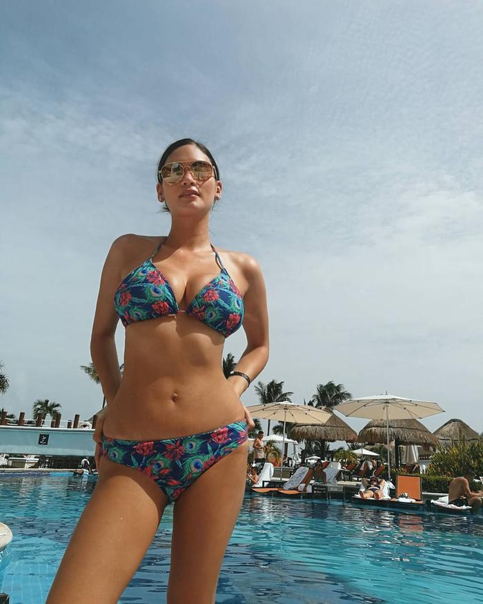 Người đẹp Philippines tuy chỉ cao 1m68 nhưng đã có vòng 1 ngất ngưỡng tận 103 cm.