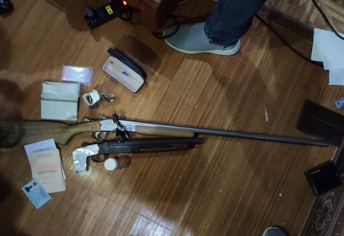 Số súng đạn phát hiện trong nhà vợ chồng Khương