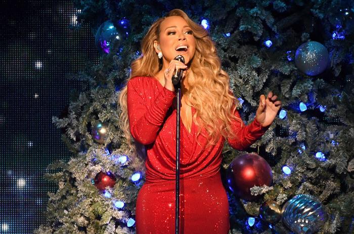 """Chỉ qua một tuần lễ ngắn ngủi, """"ánh đèn"""" vinh quang của giọng ca One Sweet Day đã bị """"dập tắt"""" vô cùng bất chợt. Có vẻ Mariah cũng sẽ """"choáng váng"""" trước sự thật đau lòng này như bao người khác."""