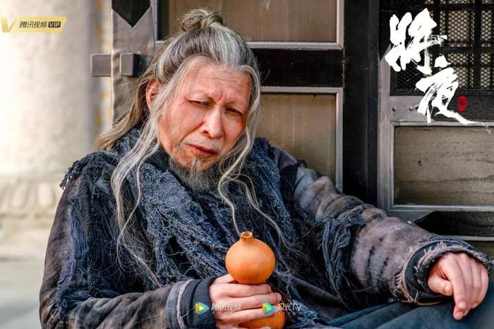 Tương dạ 2 tung poster nhân vật: Vương Hạc Đệ trông khá non, Tống Y Nhân vẫn đáng yêu ảnh 18