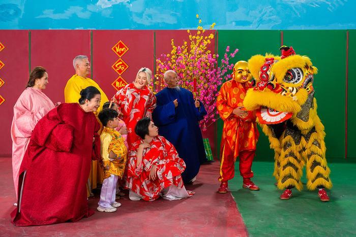 Lần đầu hợp tác, Thiều Bảo Trang và Quang Trung khiến fan choáng vì chiếc bụng siêu to khổng lồ ảnh 5