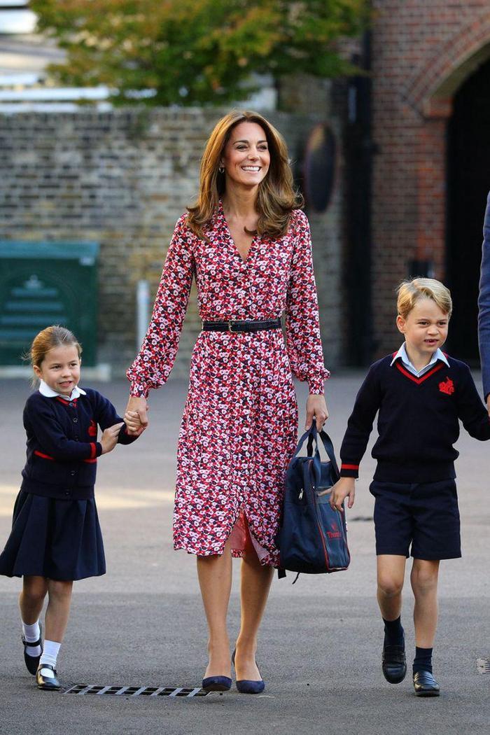 13 khoảnh khắc hài hước chứng minh Kate Middleton cũng giống mọi người vợ người mẹ khác ảnh 0