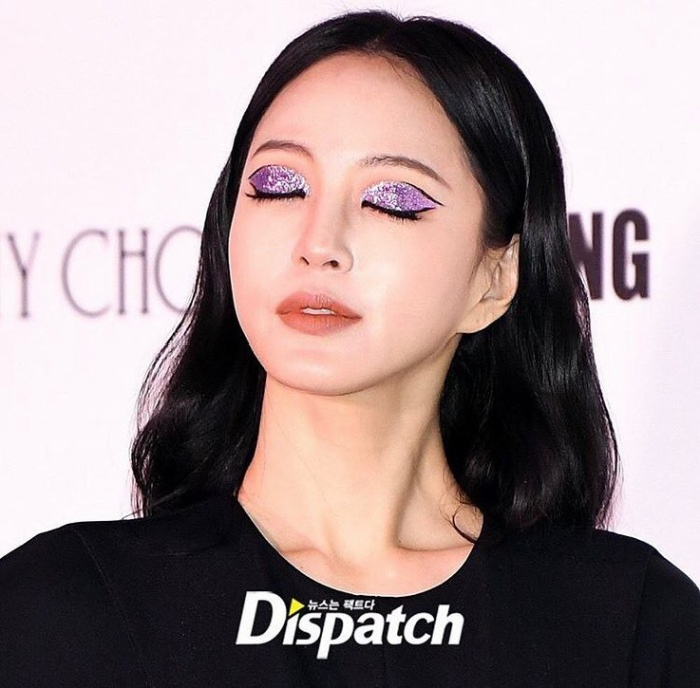 Han Ye Seul tiếp tục khiến dân tình đổ rầm với cách makeup lạ mắt và thần thái không thể chê bai ảnh 3