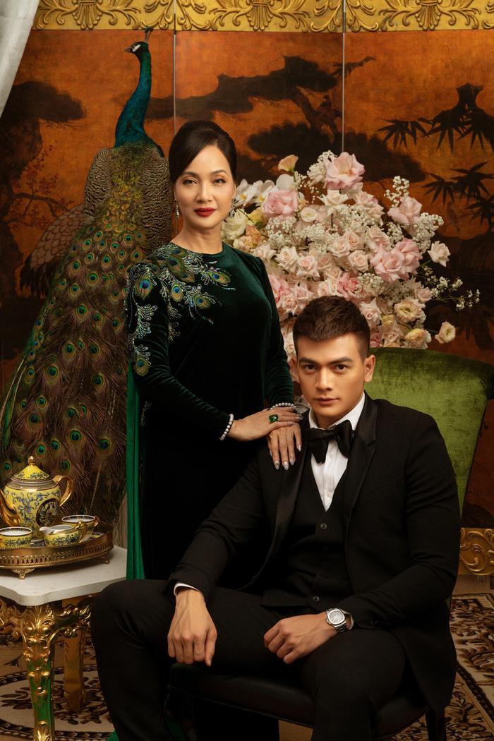 Đạo diễn Gái già lắm chiêu 3: Ngu ngốc mới đi đạo nhái bộ phim Crazy Rich Asians  tượng đài và tự hào của Châu Á ảnh 2